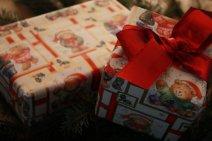 Geschenkpapier für Weihnachtsgeschenke – woher bekommen?