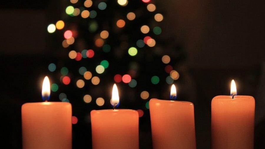 Kerzen für Adventskränze